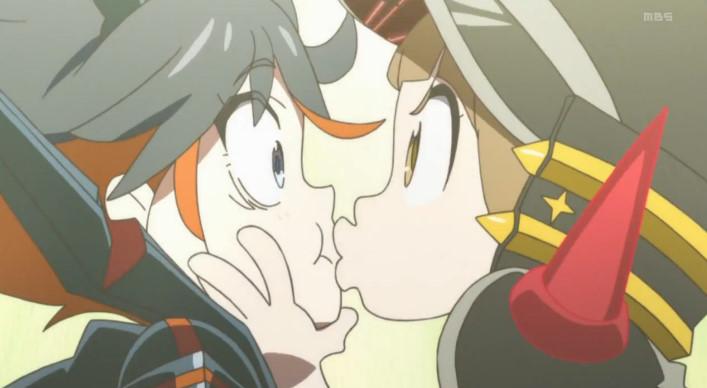 満艦飾 マコと百合デートでキス